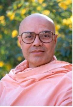 Swami_Adhyatmananda